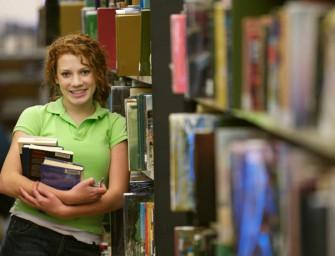 Bildungstrends: Weniger AbsolventInnen an Unis, Studium Wirtschaft schwächelt