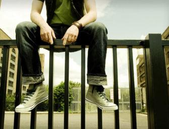 Führt Gewalt in der Wohnumgebung zu gewalttätigen Kindern und Jugendlichen?